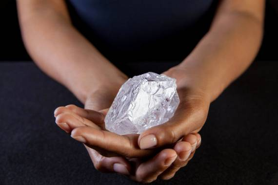 World's Largest Uncut Diamond Heads to Auction